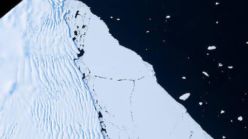 В Арктике образовался новый айсберг