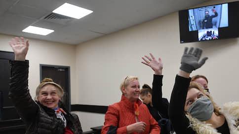 Суд вспомнил о просьбе росгвардейца  / Приговор осужденному по «московскому делу» Кириллу Жукову смягчен с учетом пожеланий потерпевшего
