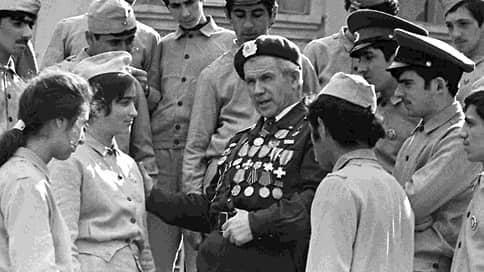 Век герою, полвека мифу  / Азербайджан отмечает столетие Ахмедии Джебраилова, которого вычеркнули из Wikipedia