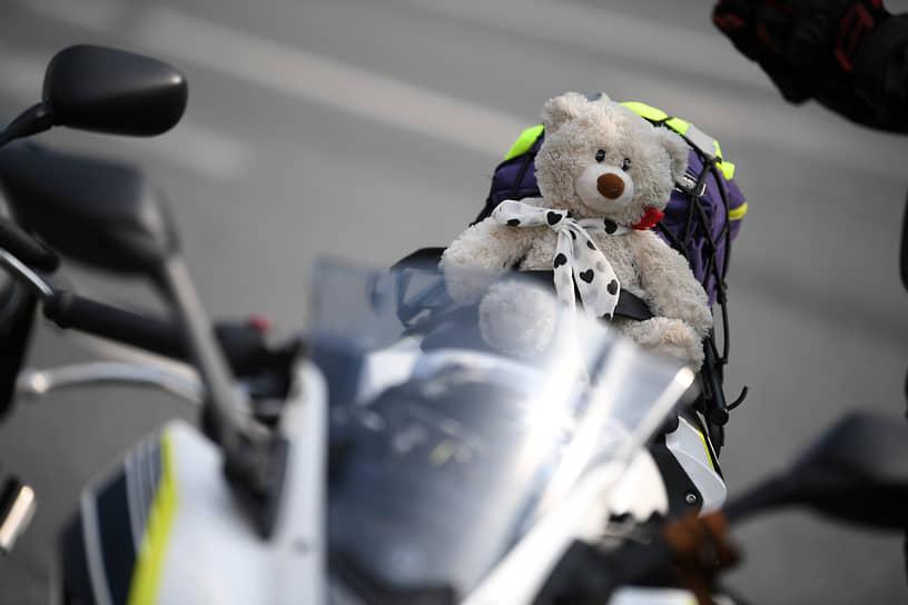 Мотоцикл участника столичного мотопарада
