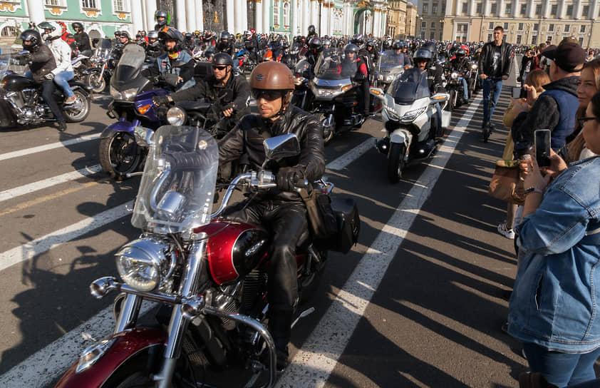 Церемония закрытия мотосезона в Санкт-Петербурге