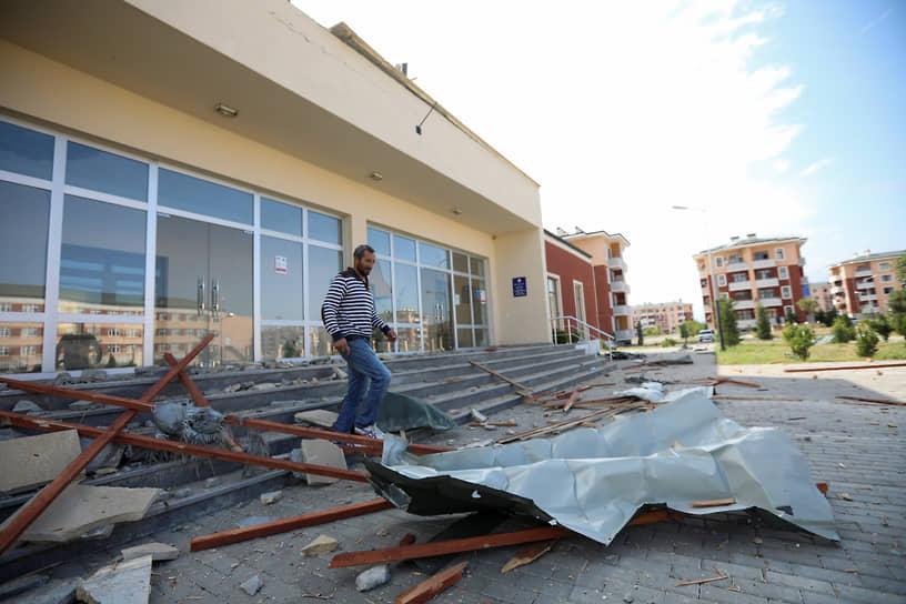Последствия обстрелов в поселке Шыхарш в Нагорном Карабахе