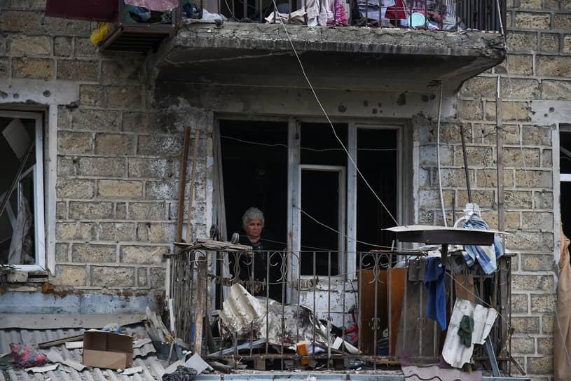 Последствия обстрела в городе Степанакерте