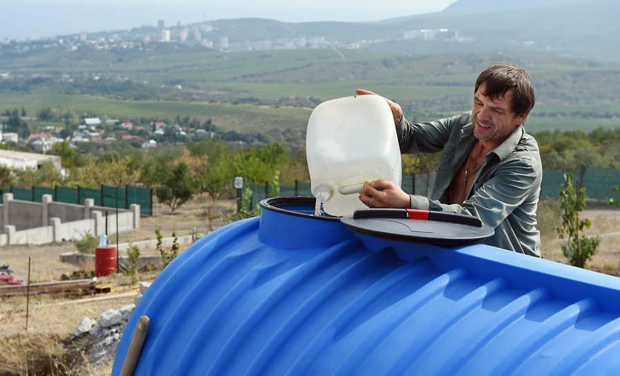 В Крыму, по данным Минприроды, объем добываемой воды из разведанных подземных источников составляет 44% от утвержденных запасов, но это вода с высокой минерализацией и она требует очистки