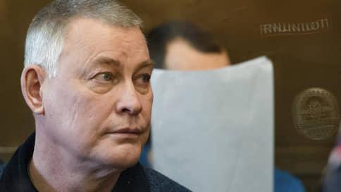 Чиновник не дожил до прений  / В тюремной больнице умер бывший сити-менеджер Миасса, обвиняемый в заказных убийствах