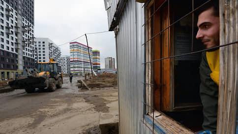 Мигрантов ждут в отелях  / Гостиницы Москвы просят субсидий