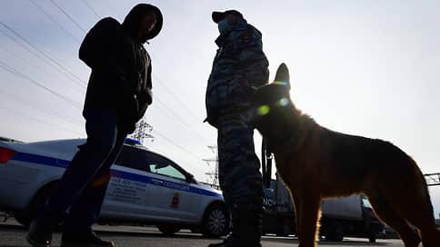 Армянским номерам не дают ходу  / Владельцы нерастаможенных машин грозят протестами