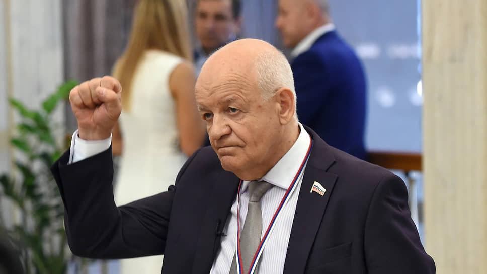 Бывший мэр Владивостока Виктор Черепков. 2016 год