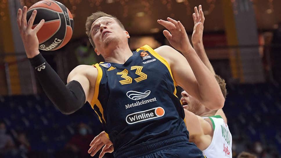 Коронавирус сажает российский баскетбол на карантин