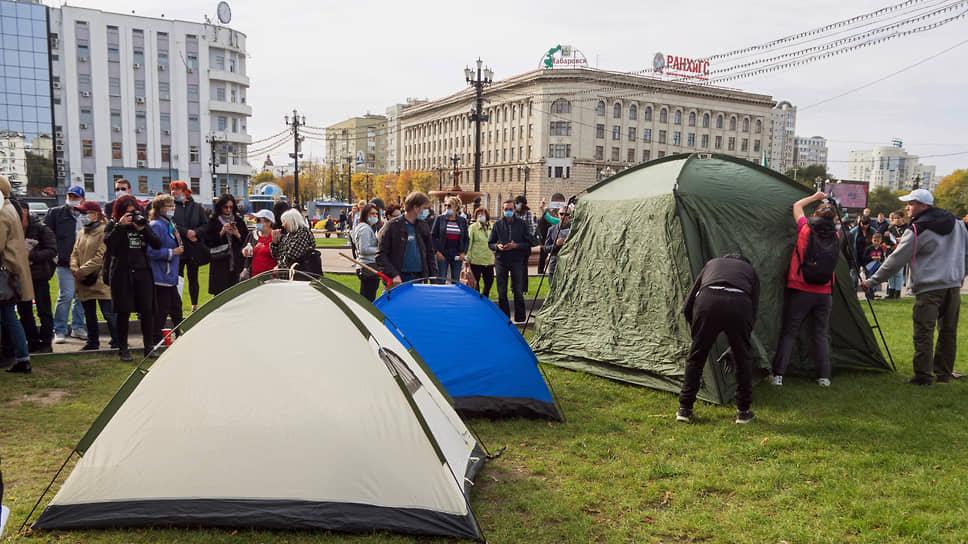 Полицейский разгон не помешал протестующим в Хабаровске продолжить акции в поддержку Сергея Фургала