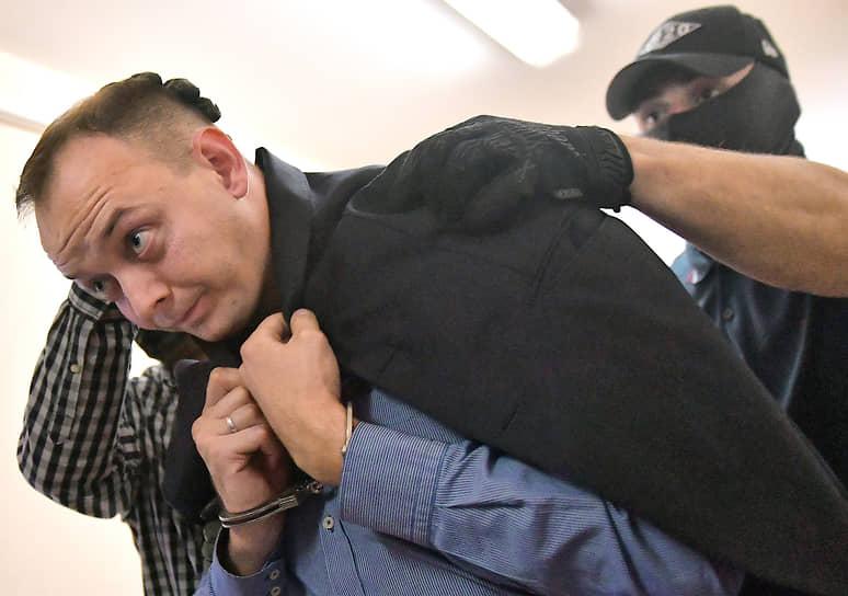 Иван Сафронов был задержан по дороге на работу 7 июля 2020 года по подозрению в госизмене