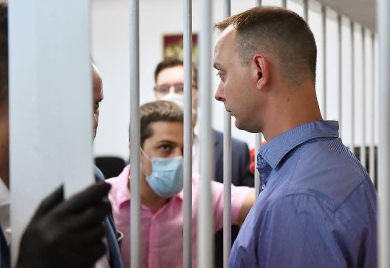 Сам Иван Сафронов вину не признал и связывал свой арест с журналистской деятельностью. Доступа к гостайне он не имел
