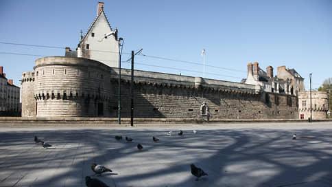 Чингисхана укрыли от китайской цензуры  / Французский музей перенес выставку об основателе Монгольской империи