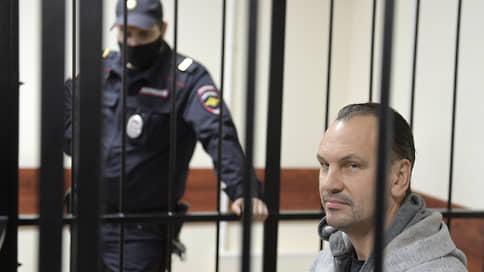 Дело Михаила Хабарова проверят все  / Предприниматели обратились к правоохранителям в связи с преследованием топ-менеджера «Траста»