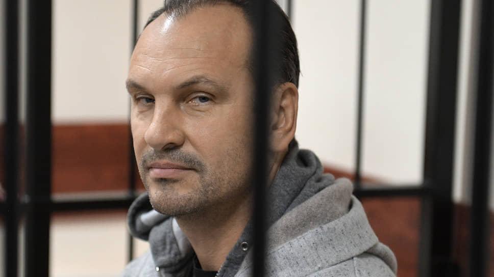 Банкир Михаил Хабаров