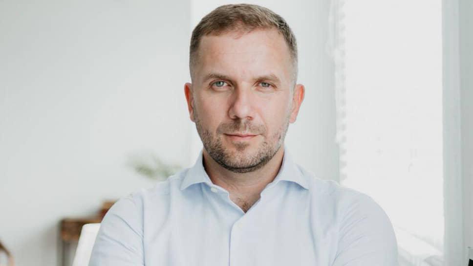 Эксперт ИМЭМО РАН Станислав Притчин — о печальном финале революции в Киргизии