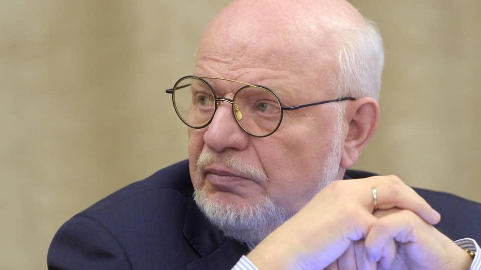 Экс-глава СПЧ Михаил Федотов: «Рассказать президенту о проблеме — ничего не сделать»