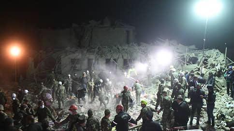 Беда не приходит однажды / Еще один жилой дом в Гяндже уничтожен ракетой