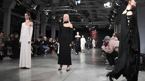 Снова в крою  / Началась Mercedes Benz Fashion Week Russia