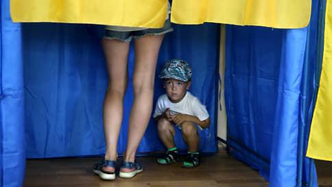 Украинцы настоят на своих  / Как местные выборы изменят политический расклад в республике