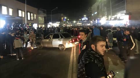 Гуляли всю ночь до утра  / Как Дагестан отметил победу Хабиба Нурмагомедова