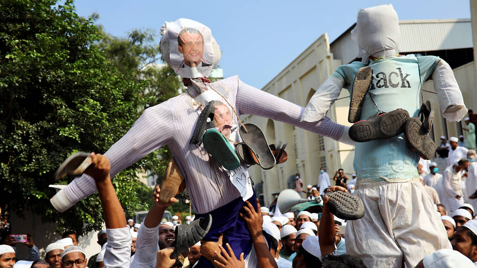 В столице Бангладеш 27 октября около 40 тыс. человек собрались у посольства Франции. Митингующие сожгли чучело Эмманюэля Макрона, назвав его «почитателем сатаны». «Макрон дорого заплатит»,— скандировала толпа