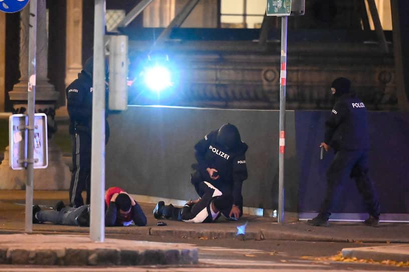 В городе идут поиски остальных террористов