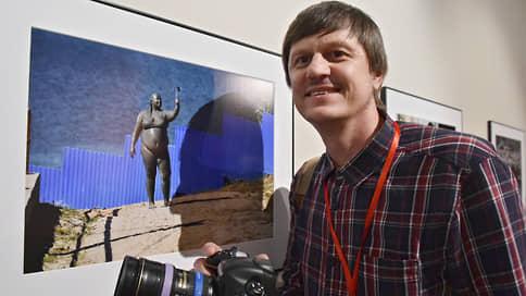 "Нападению на фотокорреспондента ""Ъ"" подберут статью  / Начата проверка по факту избиения Анатолия Жданова"