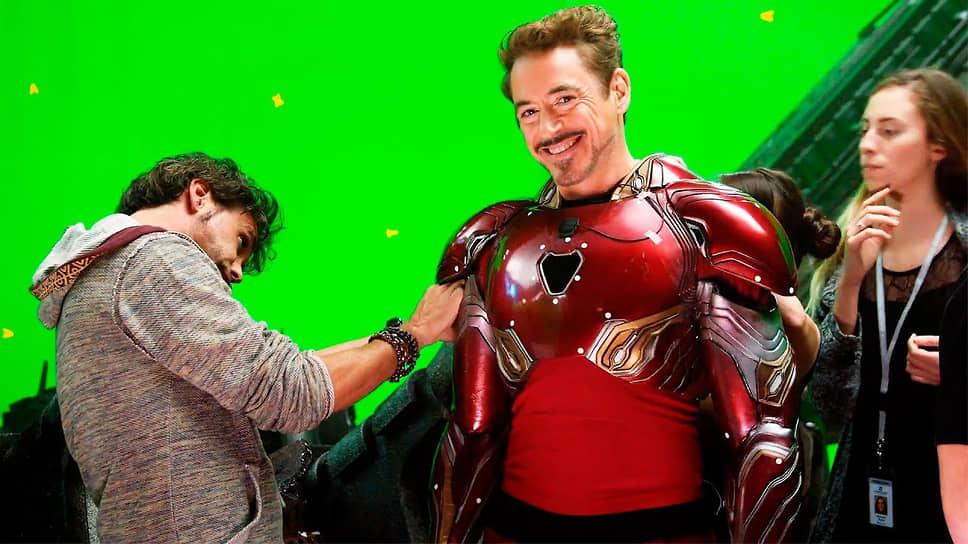 Съемочная площадка фильма «Мстители: Война Бесконечности». Практически вся картина была снята на зеленом фоне с использованием Chromakey — технологии совмещения изображений