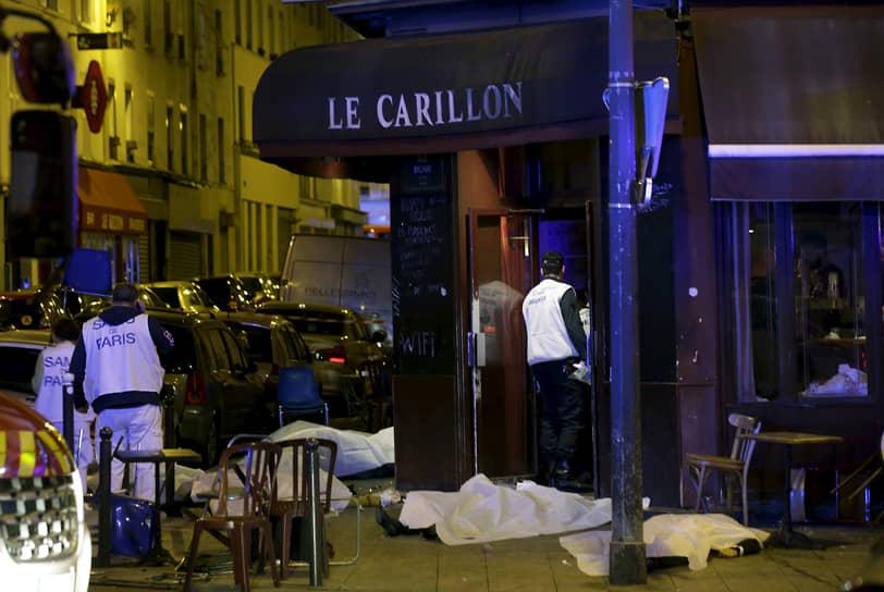 Террористы стреляли в окрестностях канала Сен-Мартен — одного из любимых мест парижан, особенно многолюдного в пятницу вечером, когда случился теракт