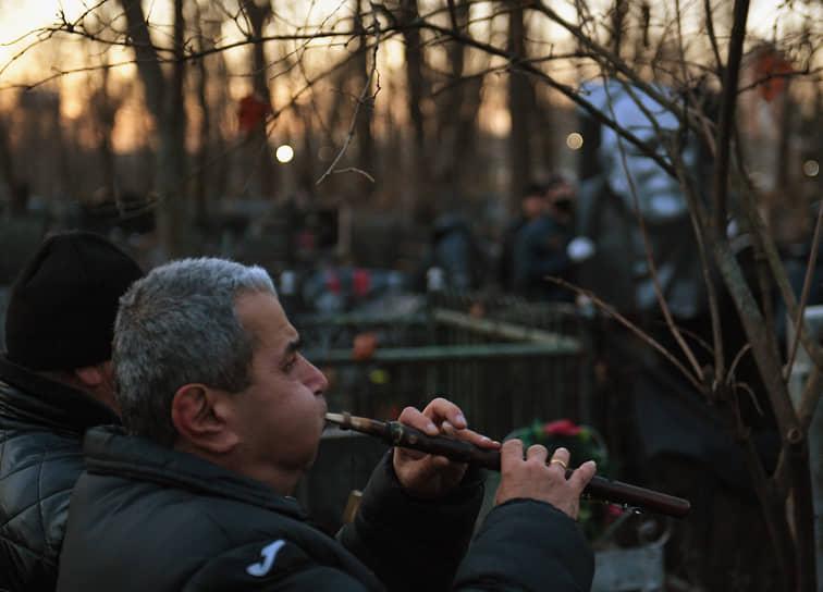 Похороны Армена Джигарханяна на Ваганьковском кладбище