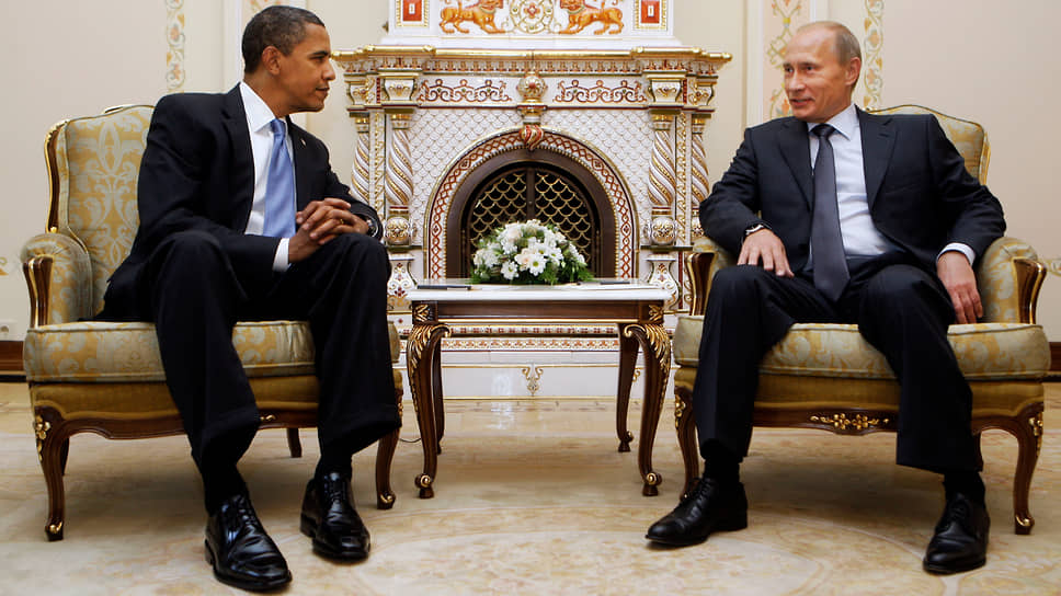 Президент США Барак Обама (слева) и премьер-министр России Владимир Путин в Ново-Огарево в 2009 году