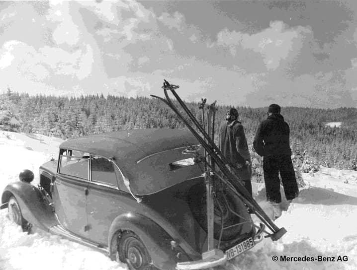 С 1936 по 1953 год самым продаваемым автомобилем компании была модель Mercedes-Benz 170V (W136). Эта машина стала доступнее и современнее своего предшественника. До начала войны было выпущено около 75 тыс. таких машин, а после возобновления производства в 1947 году — еще более 83 тыс.