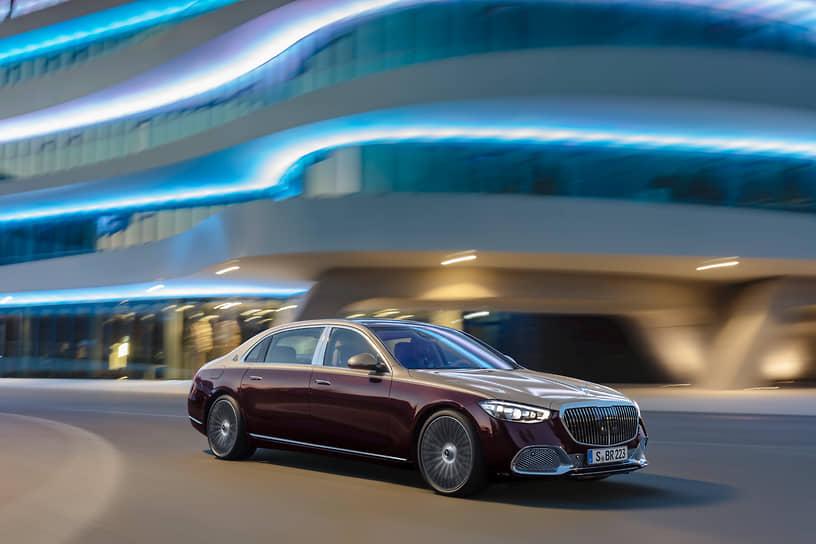 19 ноября 2020 года Mercedes-Benz представил свою последнюю новинку — Maybach S-Class — флагманскую версию седана последнего поколения. Технические характеристики автомобиля пока не раскрыты. Известно, что седан будет доступен только с полным приводом и 9-ступенчатой автоматической коробкой передач с интегрированным в нее стартер-генератором (ISG) мощностью до 15 кВт, помогающим двигателю в движении и поддерживающим системы машины, когда мотор заглушен