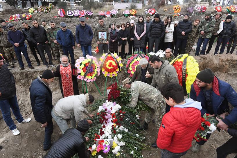 Похороны погибших