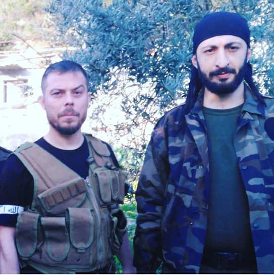 В июле 2016 года стало известно об аресте в Турции двух турецких пилотов, сбивших Су-24. По данным СМИ, их обвиняют в участии в провалившемся военном перевороте. О дальнейшей судьбе пилотов не сообщалось. Также в 2018 году в Грузии по запросу Анкары был задержан гражданин Турции Серкан Куртулуш (слева), он также проходит по делу об убийстве Олега Пешкова