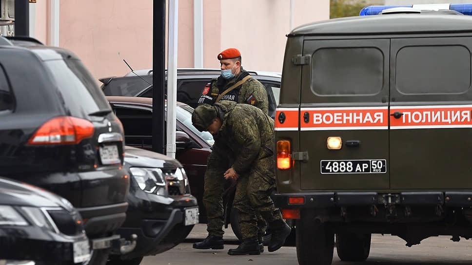 Солдат-срочник Антон Макаров перед началом заседания суда