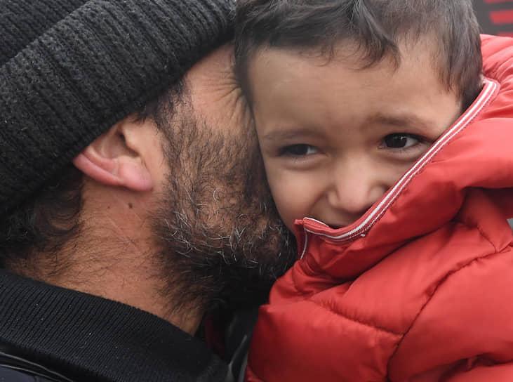 Степанакерт, Нагорный Карабах. Беженцы, вернувшиеся из Армении