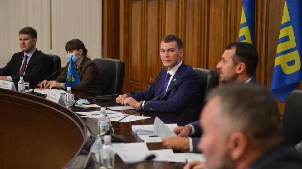 Михаил Дегтярев уговорил остаться