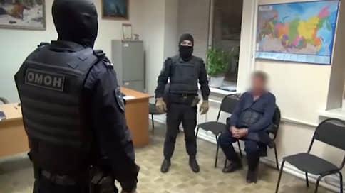 Проститутки пожаловались на бандитов  / В Тюмени задержали группировку вымогателей во главе со смотрящим