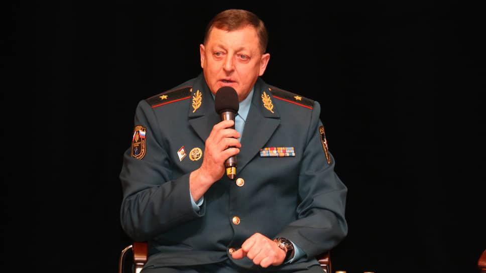 Бывший начальник ГУ МЧС по Саратовской области Игорь Качаев