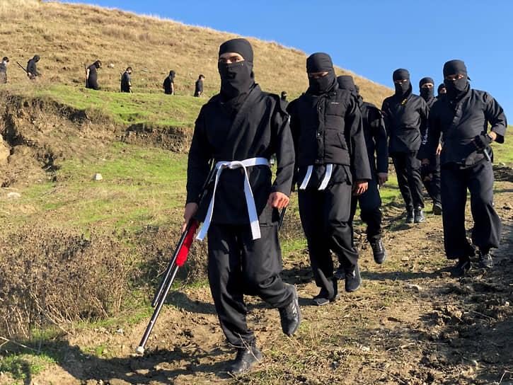 Соран, Ирак. Иракские курды на тренировке