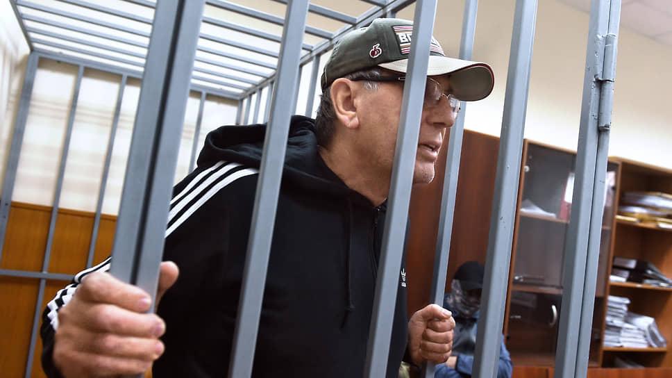 Адвокат Дагир Хасавов