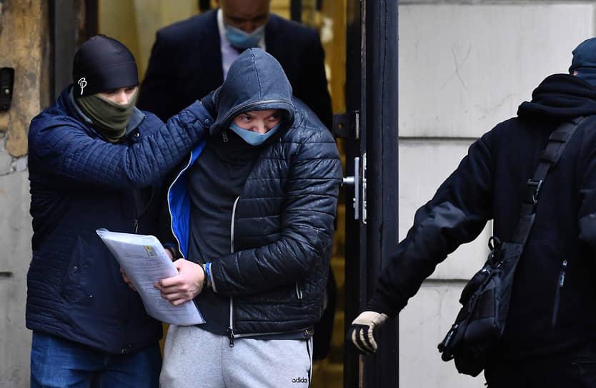 30 ноября. Москва. Журналист Иван Сафронов, обвиняемый в госизмене, после заседания Лефортовского райсуда