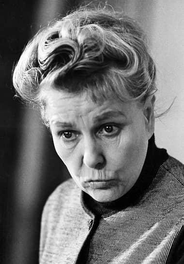 24 октября 1974 года Екатерина Фурцева скончалась в возрасте 63 лет и была похоронена на Новодевичьем кладбище. Официальной причиной смерти была названа острая сердечная недостаточность, хотя в обществе ходили слухи о самоубийстве