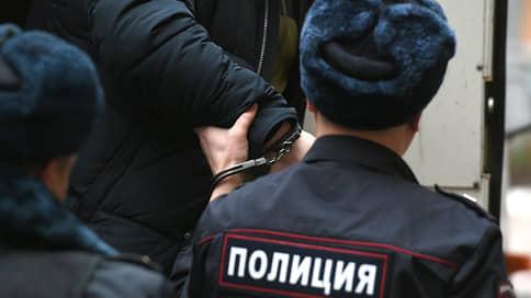 Присяжных сведут с Палачом  / Выданного Польшей предполагаемого киллера будут судить в Красноярске