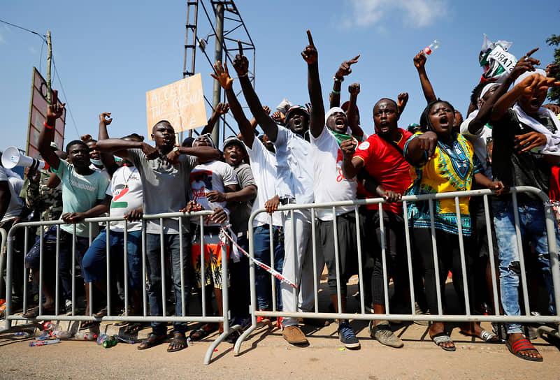 Аккра, Гана. Сторонники оппозиции протестуют во время выборов