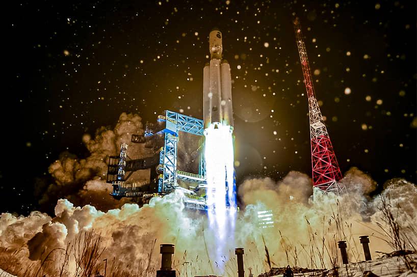 Архангельская область, Россия. Испытательный запуск тяжелой ракеты-носителя «Ангара-А5» с космодрома Плесецк