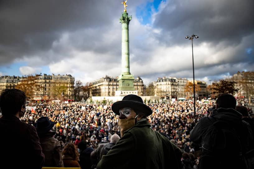 Париж, Франция. Акция против коронавирусных ограничений