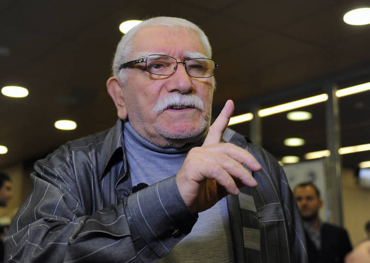 14 ноября умер актер Армен Джигарханян <br>Заметность: 1 555